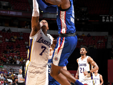 In-Game Shots: Clippers vs Lakers