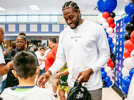 Kawhi Leonard, L.A. Clippers and Baby2Baby Donating One Million Backpacks To SoCal Students