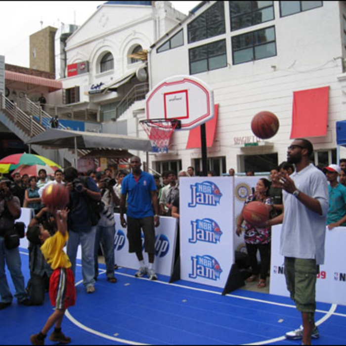 Baron Davis Tips Off First NBA Fan Event In India