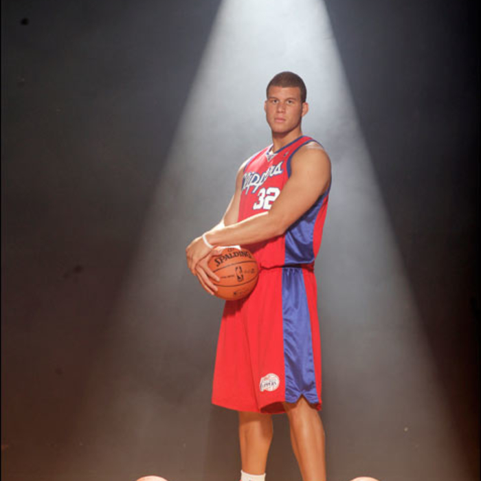 2009 NBA Rookie Photo Shoot - Blake Griffin