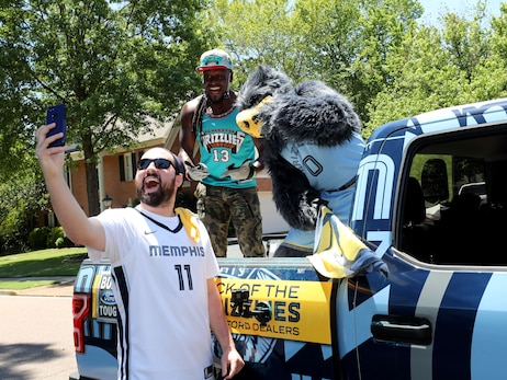 Grizz Grand Marshal Parade