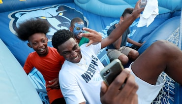 PHOTOS: Jaren at Grizzlies Block Party