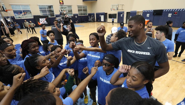 Jaren Jackson Jr. #13 of the Memphis Grizzlies joins the huddle while hosting an all-girls basketball camp