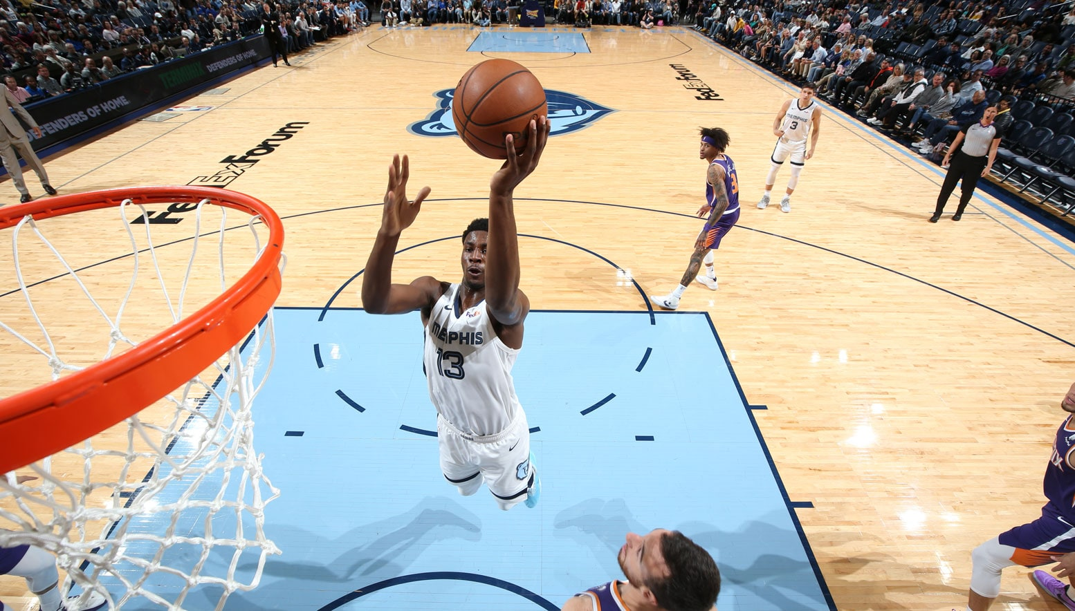 Jaren Jackson Jr. driving on the Suns