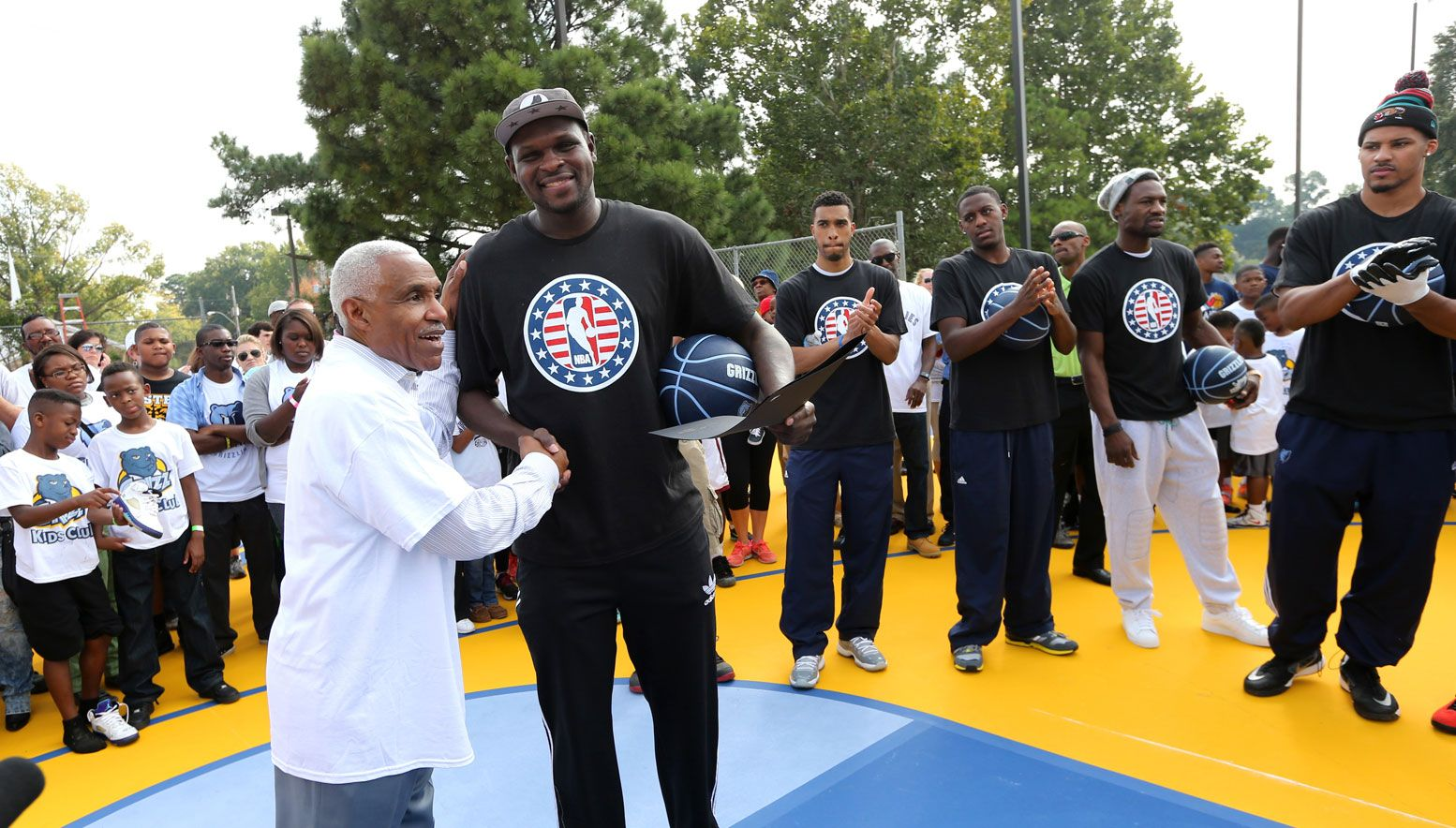 Zach Randolph during Grizzlies Day of Service