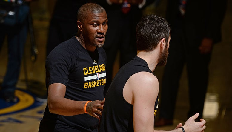 MikeCheck: Ex-Grizz James Posey embracing championship transition from player to Finals coach