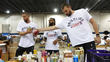 PHOTOS: Grizzlies Day of Service