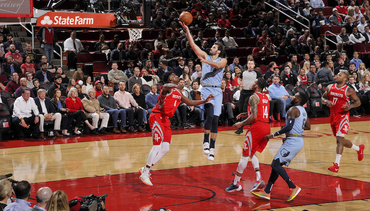 Harden, Turnovers Too Much for Grizz