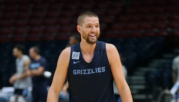 Parsons purchases 1000 tickets to giveaway for Home Opener