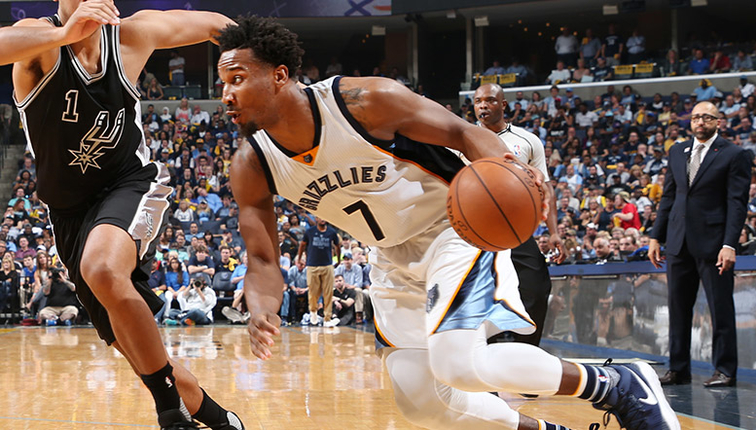 Wayne Selden Reportedly Re-Signs with Memphis Grizzlies on 2-Year Contract