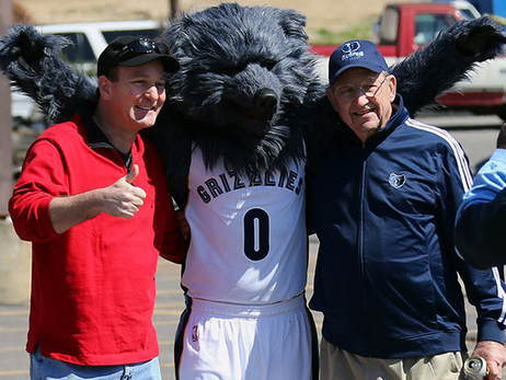 Grizz with fans