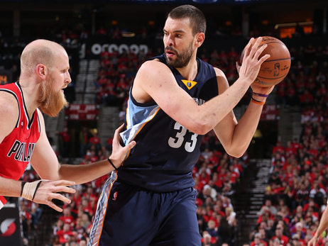 Rd 1, Gm 3: Grizzlies at Blazers - More photos
