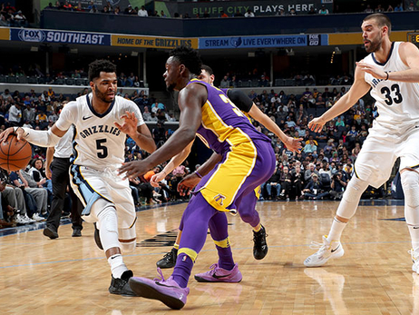 Postgame Report: Grizzlies fight but fall to Lakers