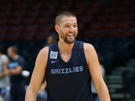 Grizzlies forward Chandler Parsons purchases 1000 tickets to be given away for Friday's home opener vs. Atlanta Hawks