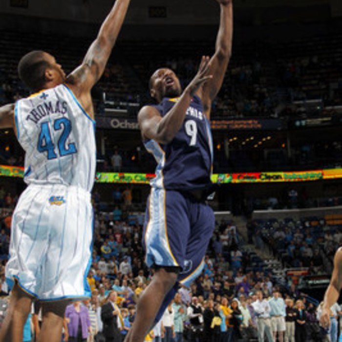 Grizzlies at Hornets - 12/21/11 - Gallery 1