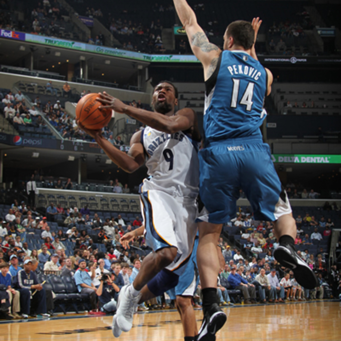 Grizzlies vs. T'Wolves: 4/2/11