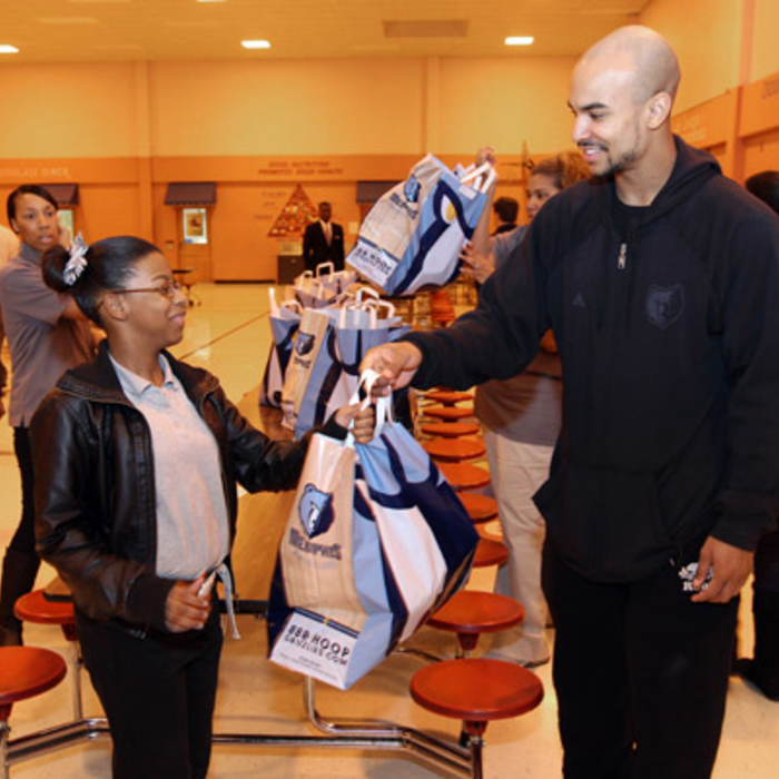 Jerryd Bayless at Douglass Optional School