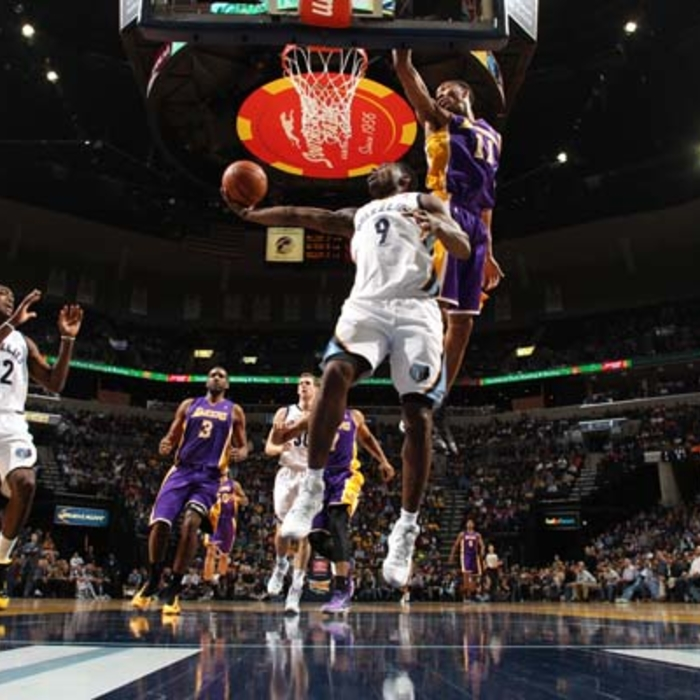 Grizzlies vs. Lakers - 12/17/13