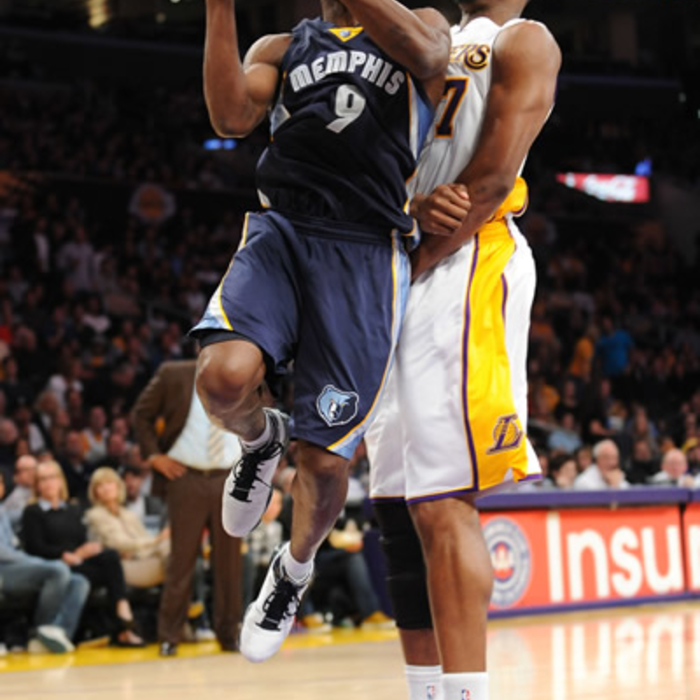 Grizzlies at Lakers: Jan. 8, 2011