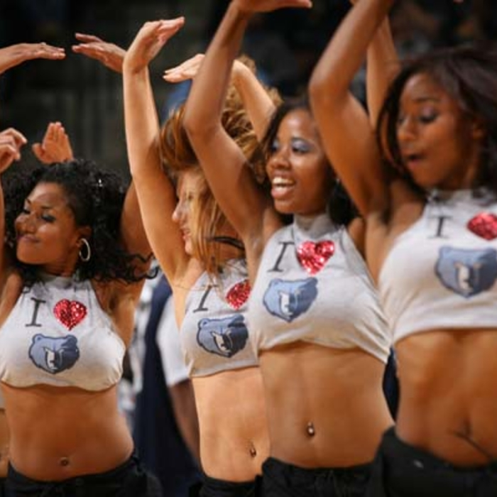 Nov Grizz Girls Gallery 1