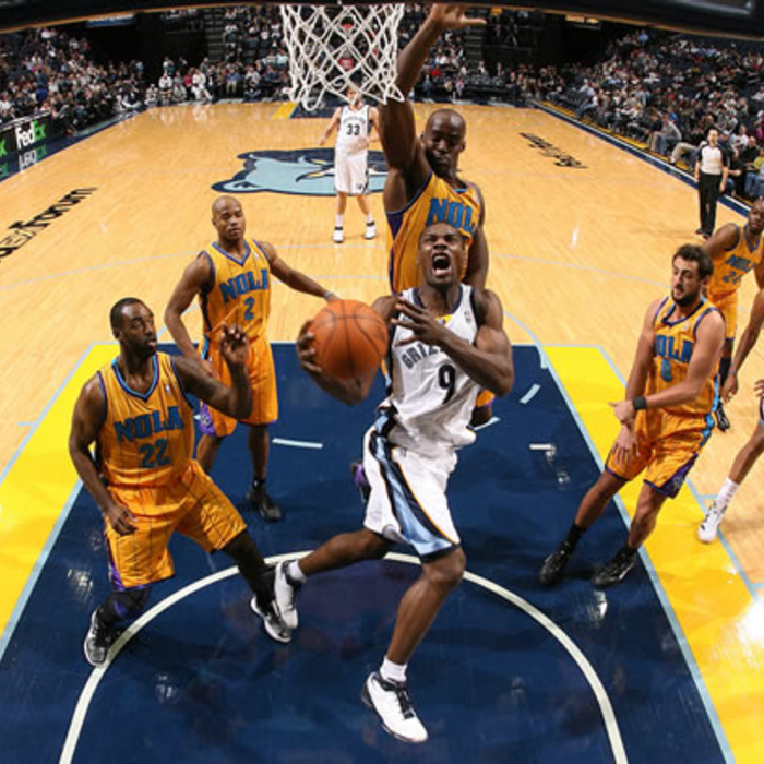 Grizzlies vs. Hornets: Gallery 1 - Jan. 14, 2011