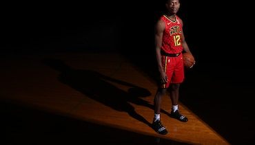2019 NBA Rookie Photo Shoot: De'Andre Hunter