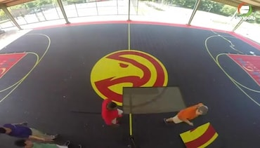 A Time Lapse of the Hawks' Latest Court Renovation