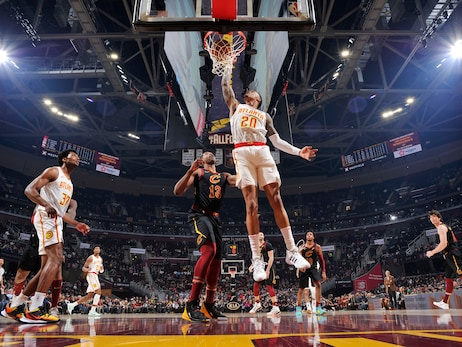 Hawks Drop Contest to Cavs in Cleveland
