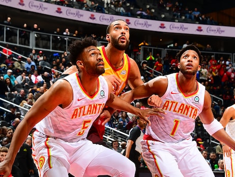 Hawks Put Up a Fight, Fall to Jazz at Home