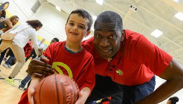 Dikembe Mutombo Leads Clinic To Prepare Jr. Hawks For Special Olympics Georgia