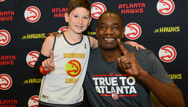 Dikembe Mutombo Makes Special Stop at Jr. Hawks Camp
