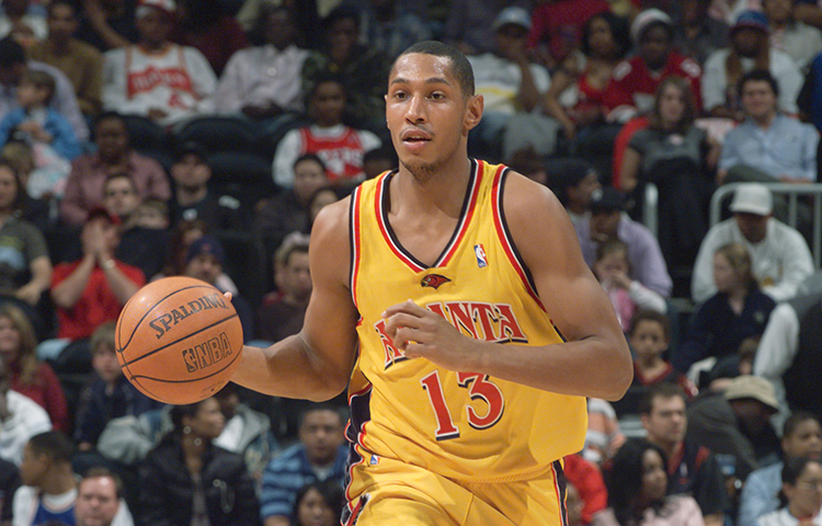 23 Photos Showing Hawks Uniforms Over Time ed12682b6