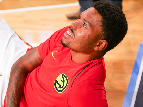 PHOTOS: Courtside With Hawks For Preseason Warmup
