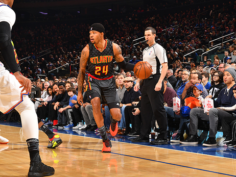 Hawks Win A Thriller In New York