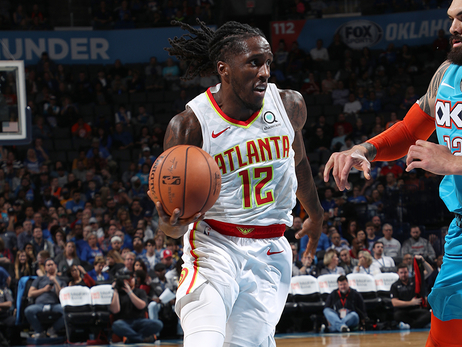 Hawks Fall To Thunder On Road