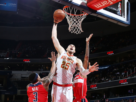 Hawks Run Out Of Gas, Fall To Wizards