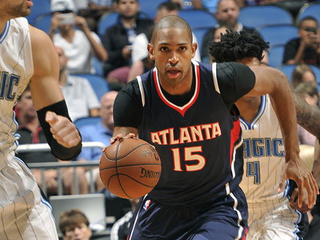 Dominant 4th Quarter Lifts Hawks Over Magic