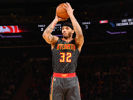 Hawks Trade Mike Scott To Phoenix Suns