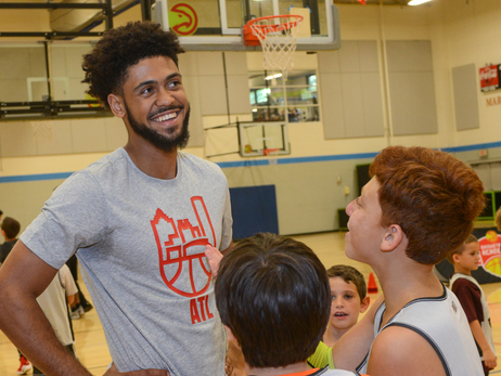 Tyler Dorsey Talks Hoops With Jr. Hawks Campers