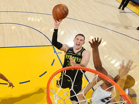 Top Photos of the 2017-18 Season: Mike Muscala