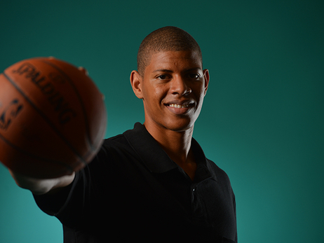 Meet Walter Tavares. He Does Commercials