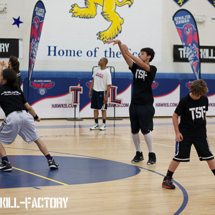 The Atlanta Hawks Basketball Development staff joined The Skill Factory clinic.