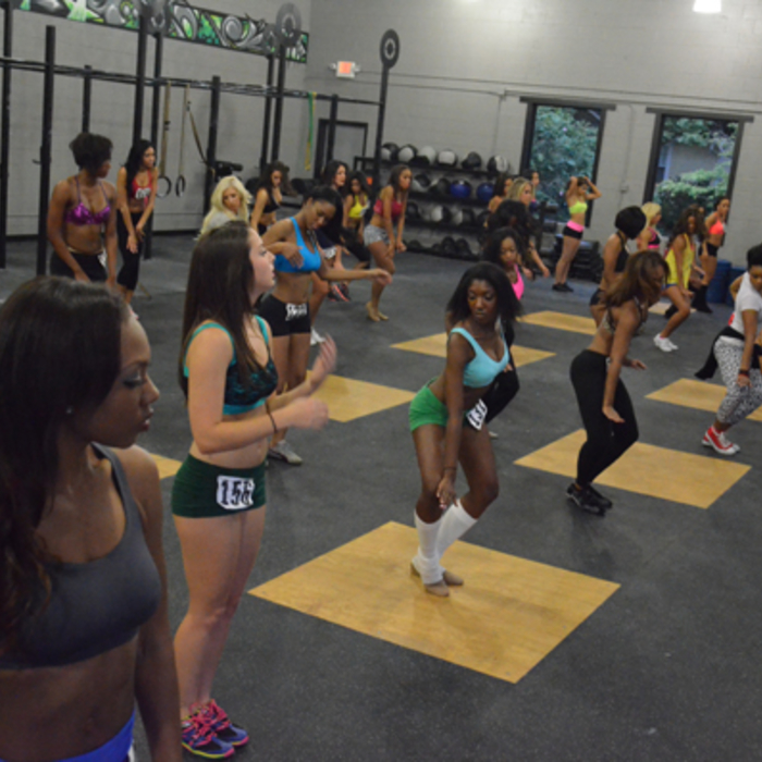 2012 Cheerleader Auditions, Practice