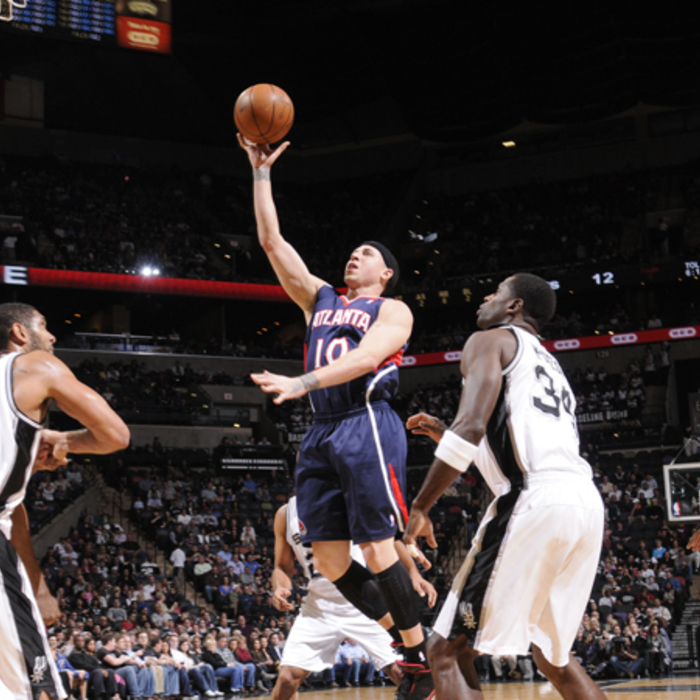 Hawks @ Spurs - NBAE/Getty Images: 12/10/2010