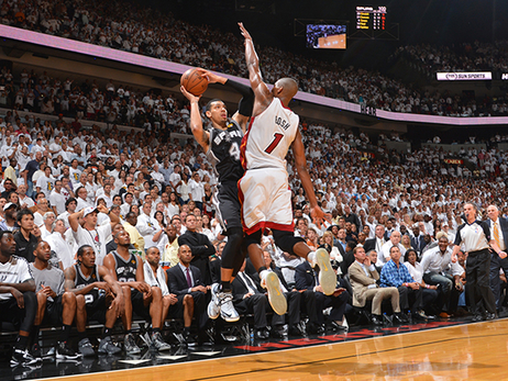 7 of Chris Bosh's Most Clutch Games