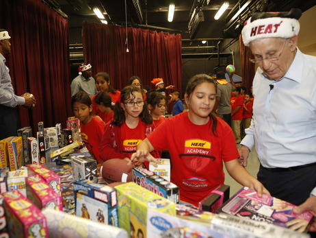 HEAT Academy Larry Share Toy Giveaway