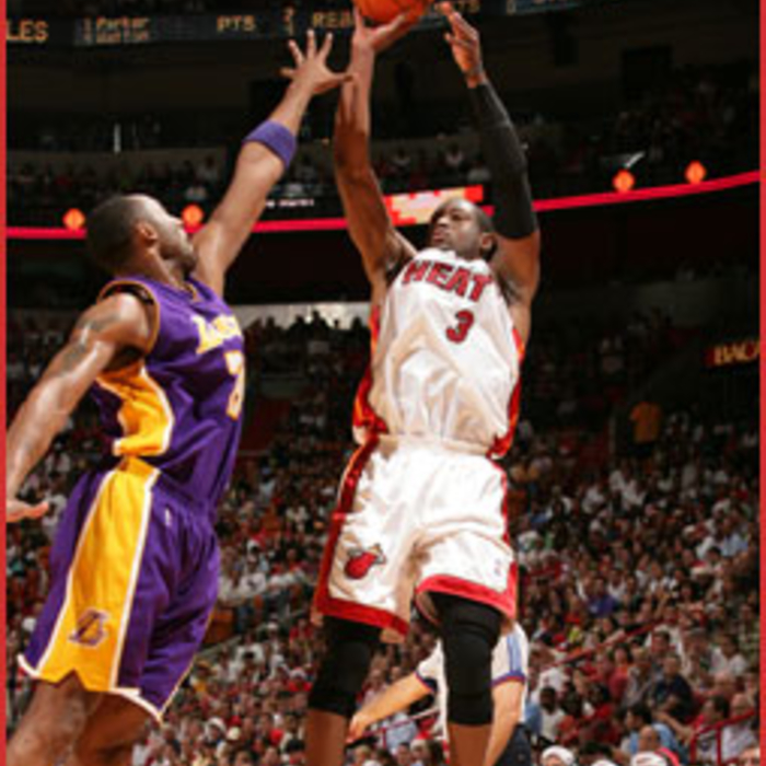 Photogallery 2006-07: December 25 vs L.A. Lakers