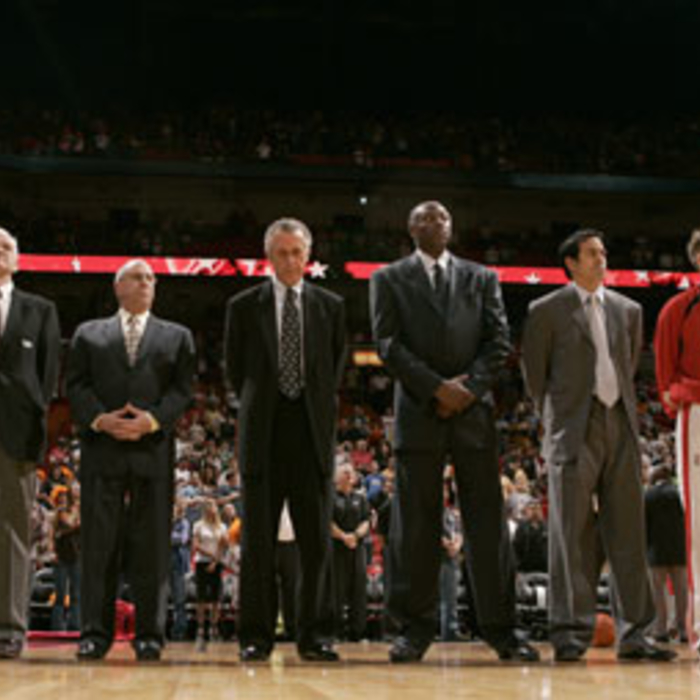 Photogallery 2006-07: February 25 vs. Cleveland Cavaliers