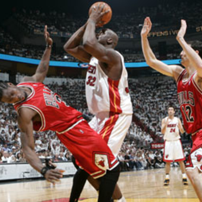 Photogallery 2006-07: April 29 vs. Chicago Bulls