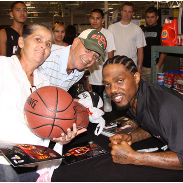 2009-10: 8-01-09 Udonis Haslem at BJ's